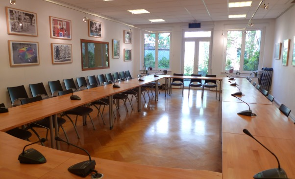 Social Platform meeting room